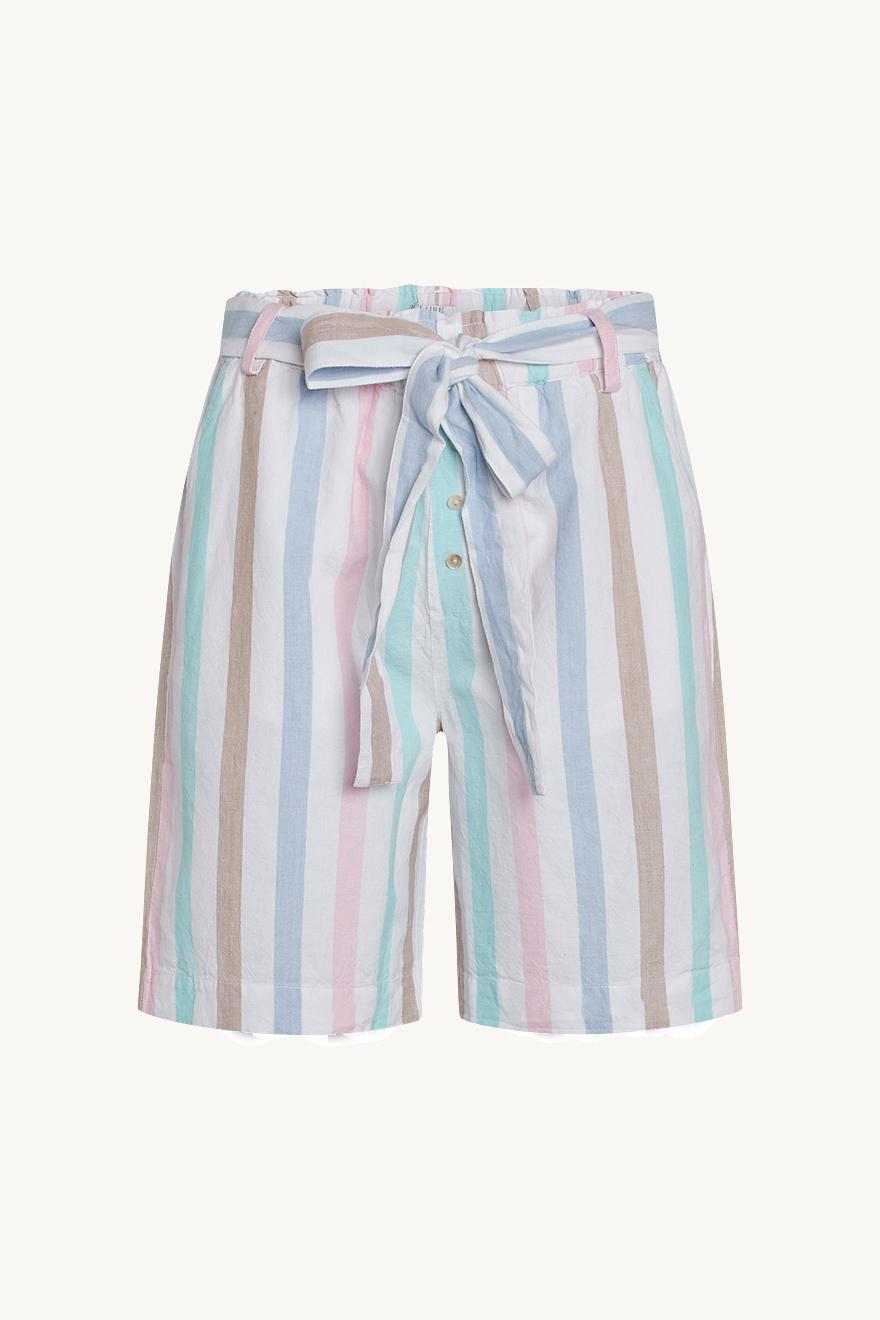 Claire - Heaven - Shorts