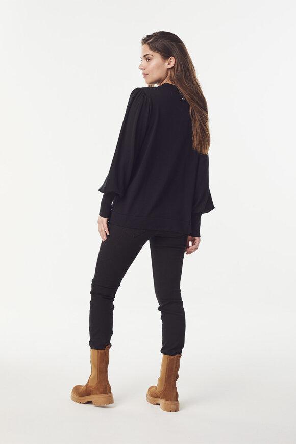 Claire - Saira - Sweatshirt
